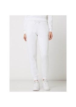 Stylizacje Z Bialymi Spodniami Jak Nosic Biale Spodnie I Z Czym Je Laczyc Trendy W Modzie W Domodi