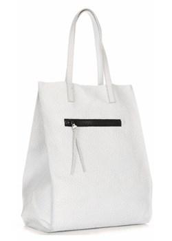 Białe torebki damskie cubus, zima 2019 w Domodi