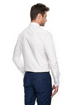 Białe koszule męskie, lato 2020 w Domodi  aJYCU