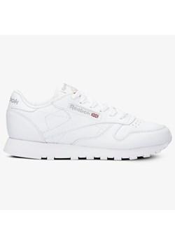 Buty sportowe damskie Reebok białe ze skóry w Domodi