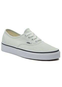 Białe buty damskie vans, wiosna 2020 w Domodi