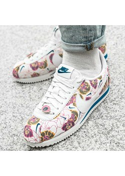 Buty sportowe damskie Nike do biegania młodzieżowe cortez na płaskiej podeszwie skórzane wiązane