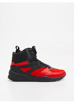 Buty sportowe męskie Cropp czerwone wiązane