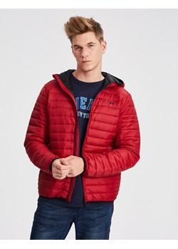 Czerwone kurtki męskie diverse, wiosna 2020 w Domodi