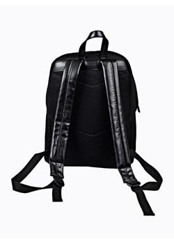 Czarne plecaki gate, wiosna 2020 w Domodi
