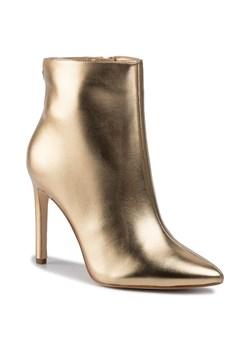Złote buty damskie guess, wiosna 2020 w Domodi