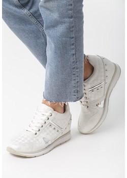 Buty sportowe damskie Lasocki sznurowane w Domodi