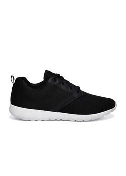 Czarne buty top secret, zima 2020 w Domodi