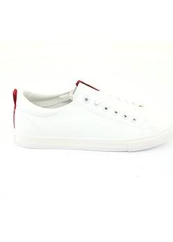 Białe buty damskie big star, wiosna 2020 w Domodi