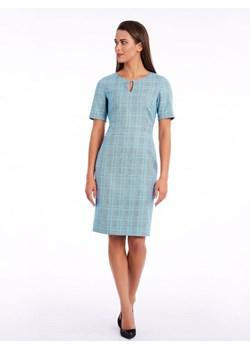 Sukienki w kratkę, wiosna 2020 w Domodi