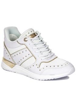 Sneakersy damskie Guess z tworzywa sztucznego w Domodi