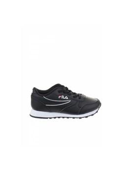 Czarne buty sportowe dziecięce fila, wiosna 2020 w Domodi