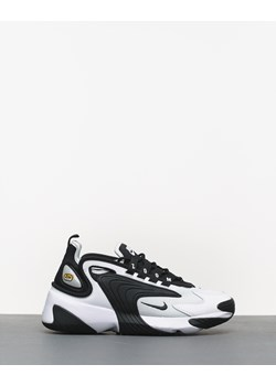Buty sportowe damskie Nike - Roots On The Roof