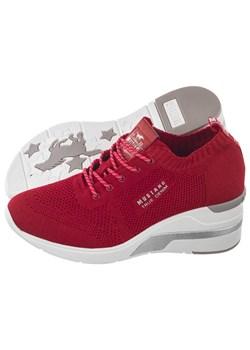 Czerwone buty sportowe damskie, wiosna 2020 w Domodi