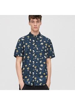 Koszule męskie cropp, lato 2020 w Domodi  LFebx