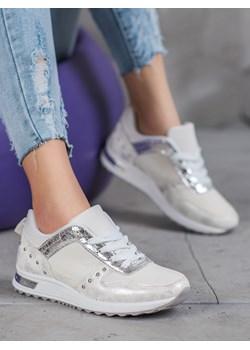 Białe buty sportowe damskie, wiosna 2020 w Domodi