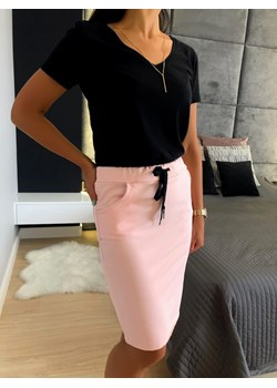 Różowe spódnice, lato 2020 w Domodi