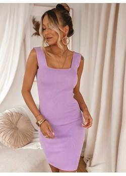 Sukienki mini, lato 2020 w Domodi